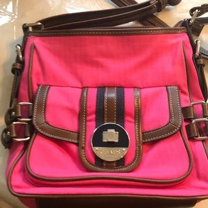 Chaps purse pink